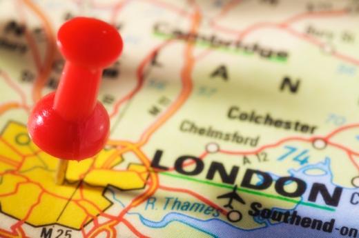 Egy London térképen egy piros jelölő tű.