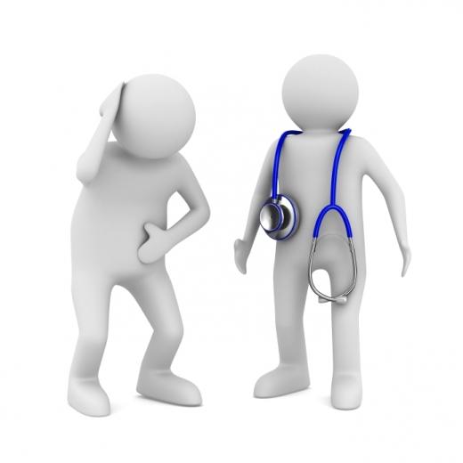 Egy beteg és egy orvos figura áll egymással szemben.