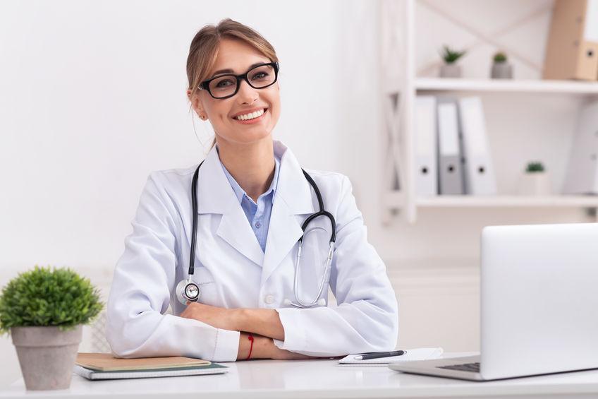 háziorvos, egészségügy, átjelentkezés, doktor