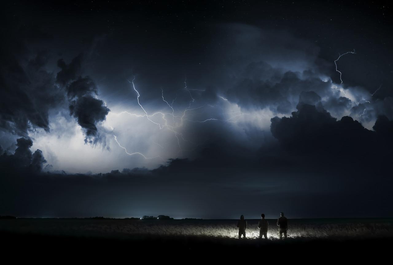 vihar, kár, kártérítés