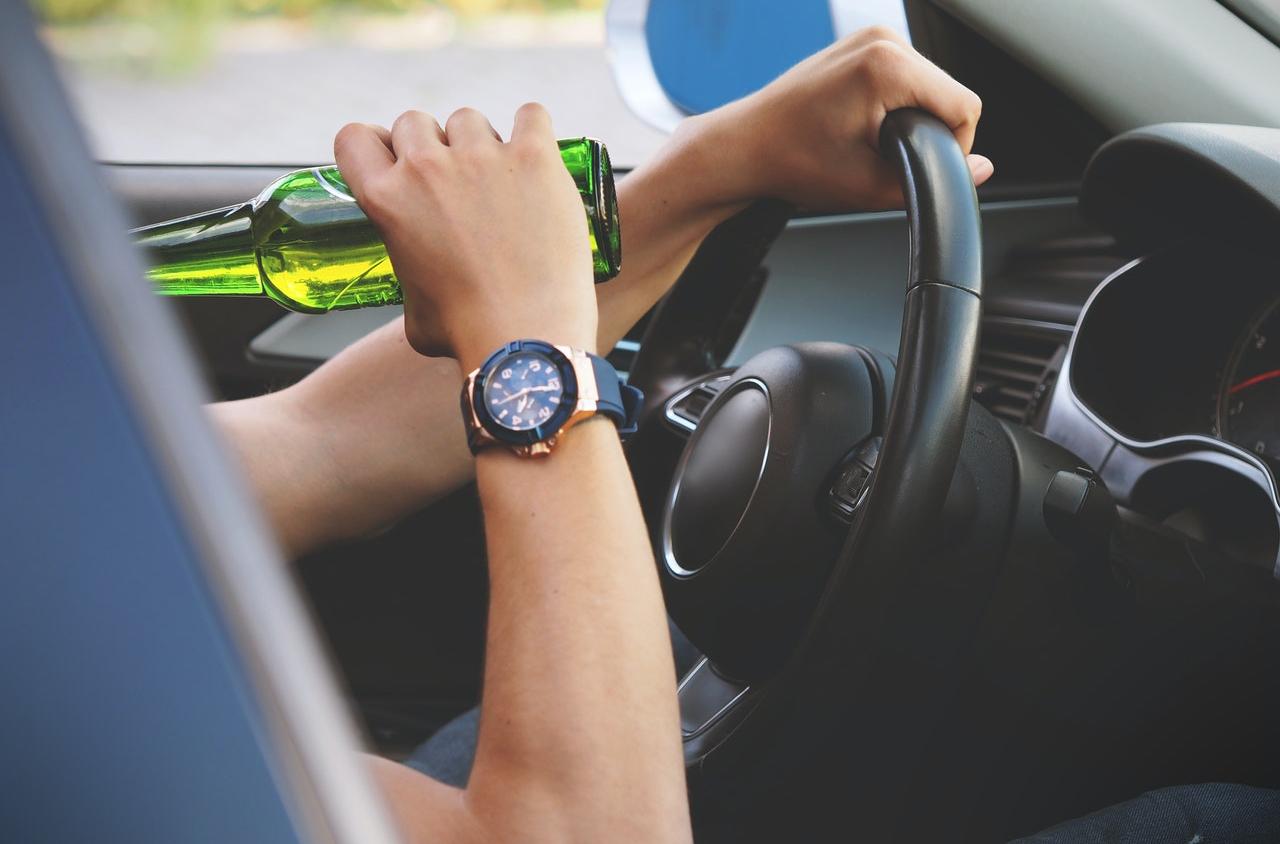 közlekedés, közlekedési baleset, bűncselekmény, ittas vezetés, kábítószer